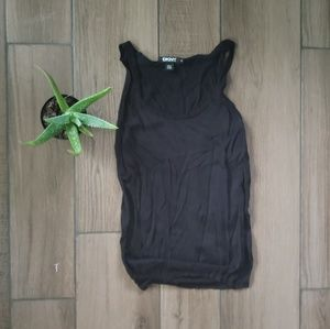 DKNY black thin knit scoop tank top blouse M